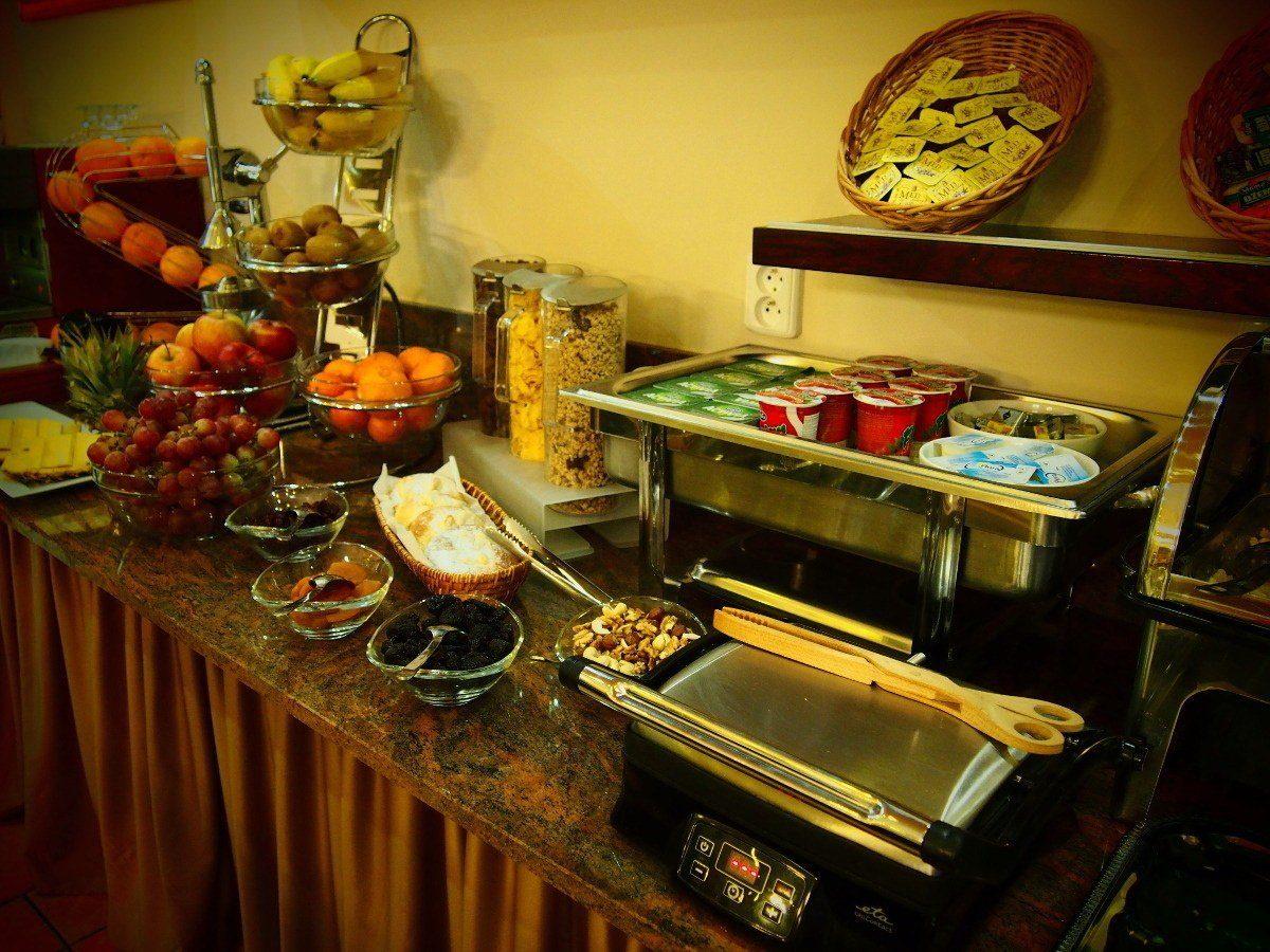 snídaně hotel